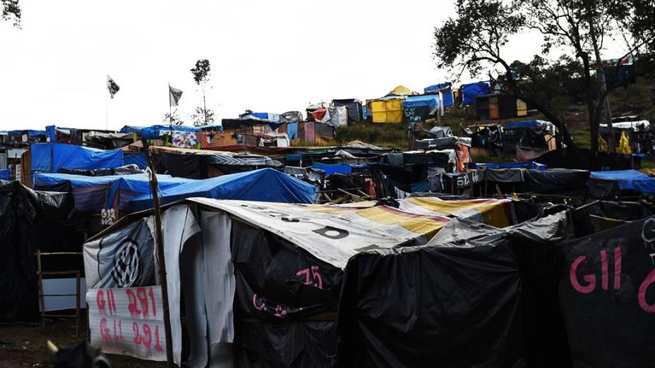 Acampamento Nova Palestina do MTST em um terreno invadido na Estrada do MBoi Mirim, na Zona Sul de São Paulo