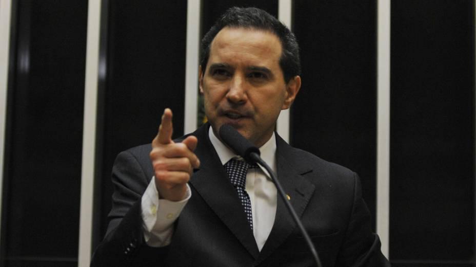 O deputado foi condenado por integrar uma quadrilha que desviou 8 milhões de reais da Assembleia Legislativa de Rondônia por meio de contratos de publicidade