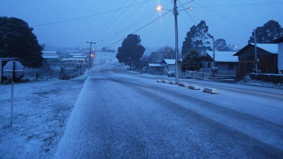 As temperaturas devem baixar ainda mais na região Sul até quarta-feira