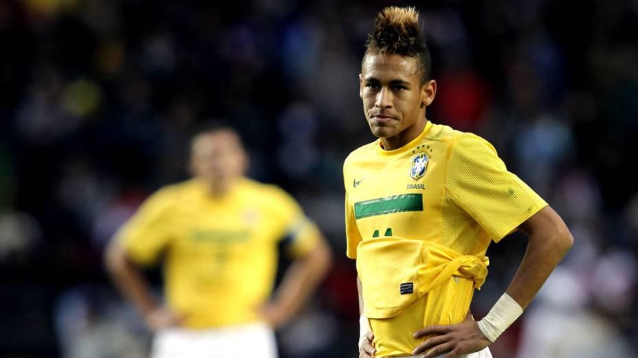 O brasileiro Neymar durante a partida contra o Paraguai, pelas quartas de final da Copa América - 17/07/2011