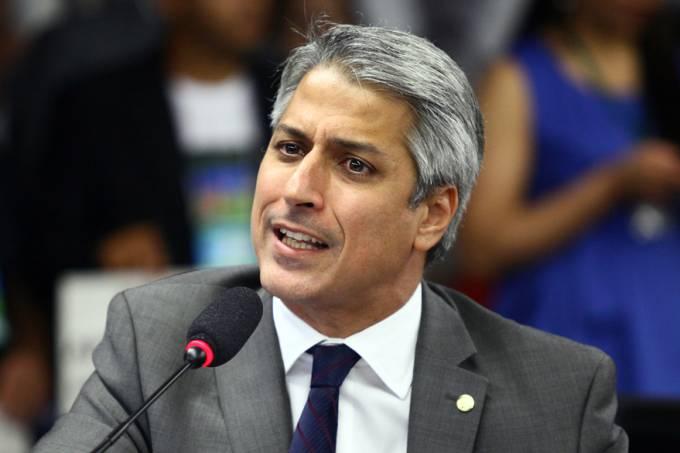 brasil-politica-alessandro-molon-20131016-01-original.jpeg