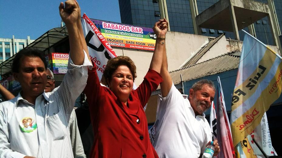 A candidata Dilma Rousseff (PT) faz campanha na companhia de Lula pelas ruas de São Bernardo do Campo, na grande São Paulo - 02/09/2014