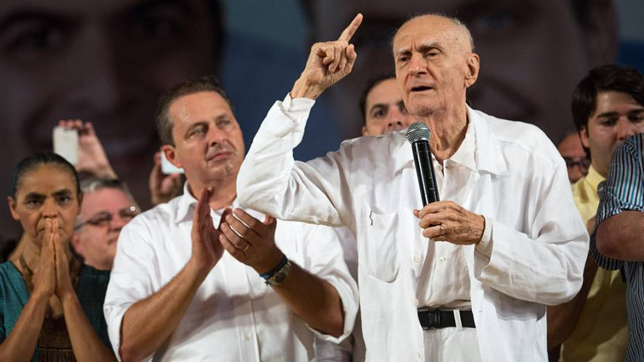 O ex-governador de Pernambuco, Eduardo Campos, com Ariano Suassuna