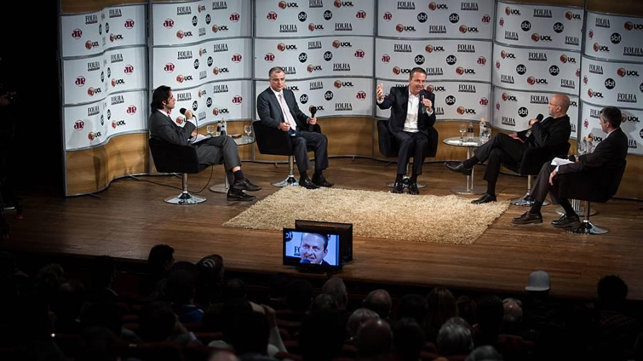 Eduardo Campos participa de sabatina promovida pelo jornal Folha de Sao Paulo, SBT, portal UOL e radio Joven Pan