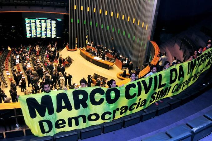 brasil-politica-marco-civil-plenario-camara-dos-deputados-20140325-01-original.jpeg