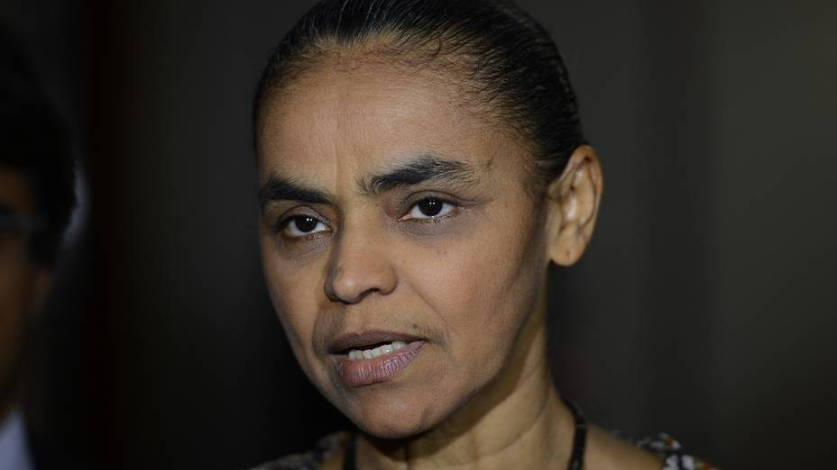 A ex-senadora Marina Silva aguarda decisão do Tribunal Superior Eleitoral (TSE) que conceda registro ao partido Rede Sustentabilidade, legenda fundada por ela