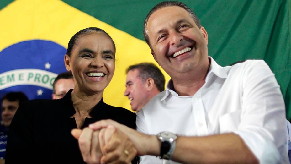 A ex-senadora Marina Silva no anúncio de sua filiação ao PSB ao lado do ex-governador de Pernambuco Eduardo Campos