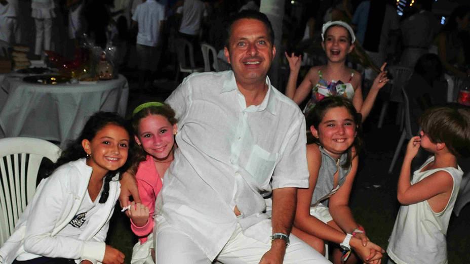 Eduardo Campos com seus familiares, na véspera de Natal de 2011, em Recife