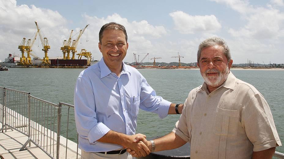 Eduardo Campos e o então presidente Lula, na inauguração do Cais V do Porto de Suape, em 2009