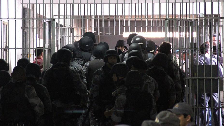 Superlotação em Pedrinhas: presídio comporta 1.700 homens, mas abriga atualmente 2.200 detentos