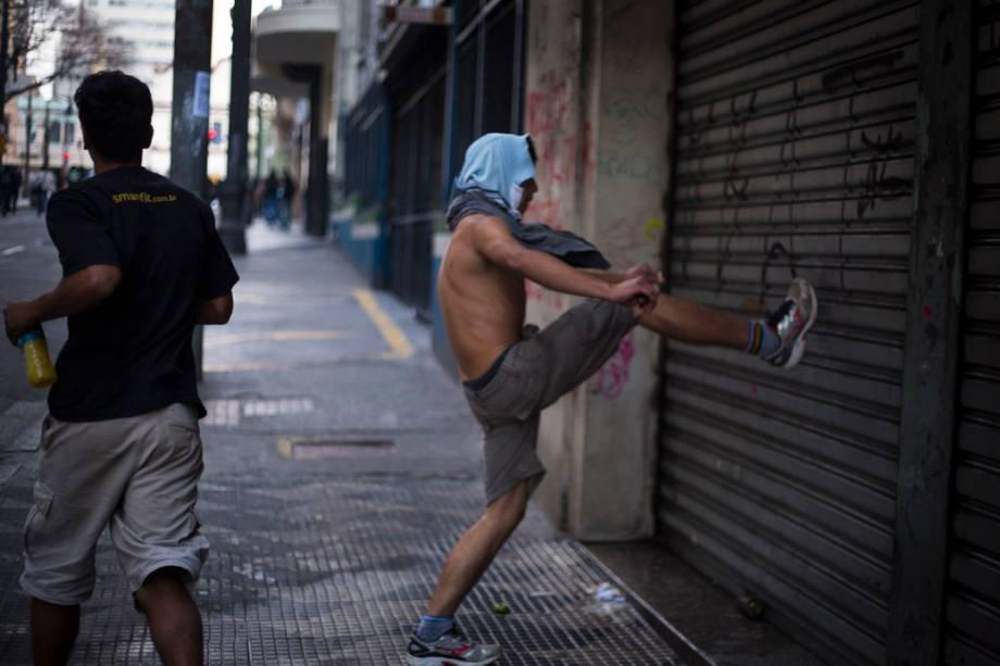 São Paulo - Manifestantes realizam protesto no centro da cidade