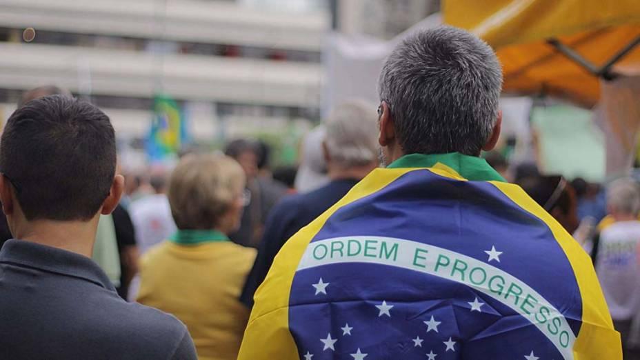 Manifestantes durante a Marcha da Família, na Praça da República, em São Paulo