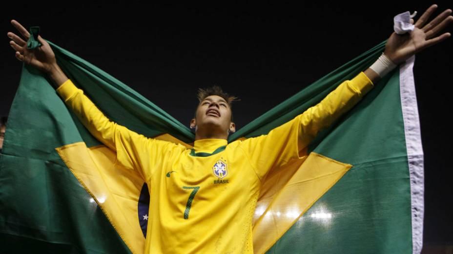 Neymar comemora a conquista do Campeonato Sul-Americano Sub-20, em Arequipa, no Peru
