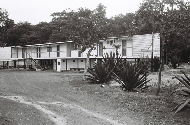 Catetinho, a residência de JK em Brasília durante a construção da cidade, c. 1956/ 1960.