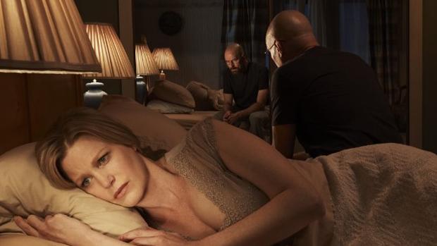 White questiona sua vida no crime em alguns momentos na série. O maior deles é quando sua mulher, Skyler (Anna Gunn), o deixa após descobrir sua vida dupla