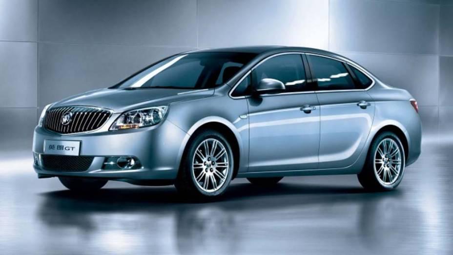 Buick Encore - Construído na mesma plataforma do Chevrolet Sonic, escalado para chegar ao Brasil, o Encore é um crossover feito para turbinar as vendas da Buick, que já foi famosa pelos seus carrões