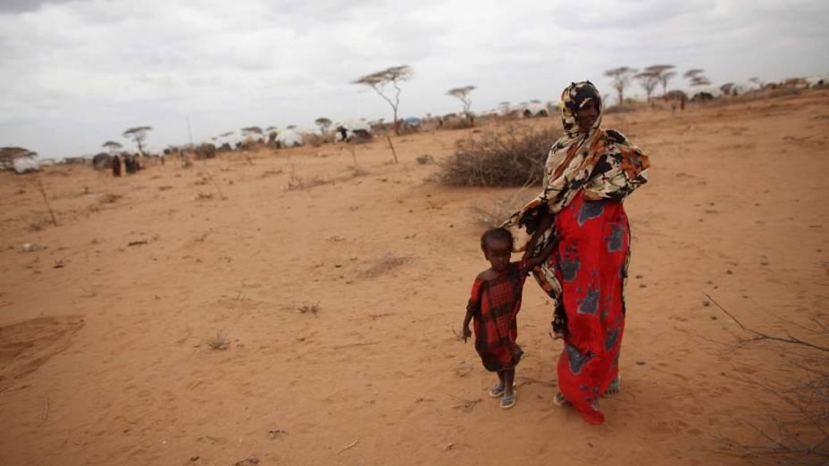Refugiados em Dagahaley, no campo de refugiados de Dadaab, Quênia