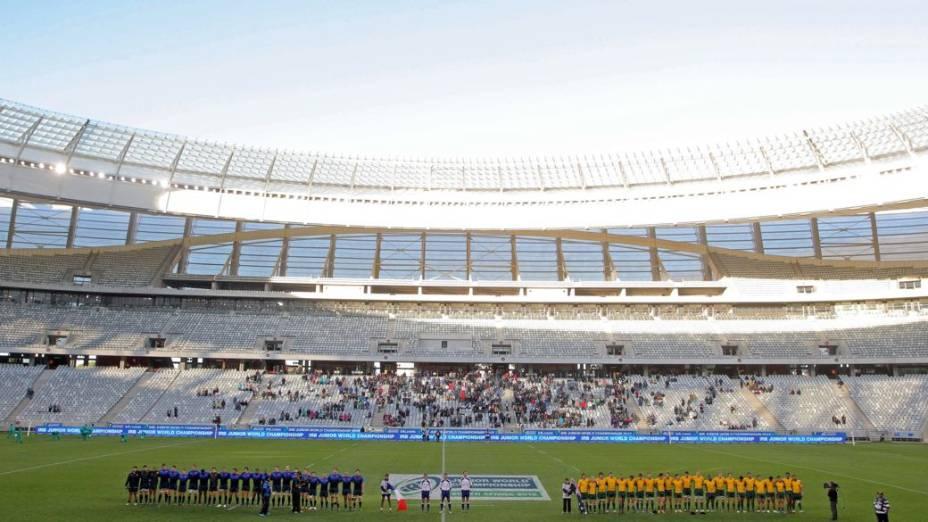 Cape Town Stadium quase vazio em partida do Mundial Sub-20 de rúgbi