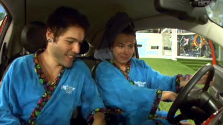 Após vencer a prova, Fernanda conferiu carro novo
