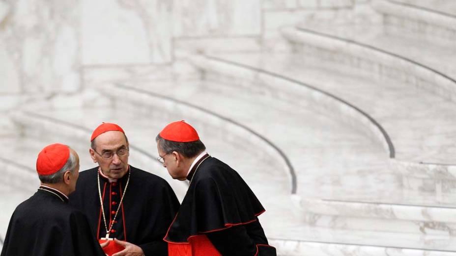 Cardeais no Vaticano, durante audiência especial do Papa Bento XVI