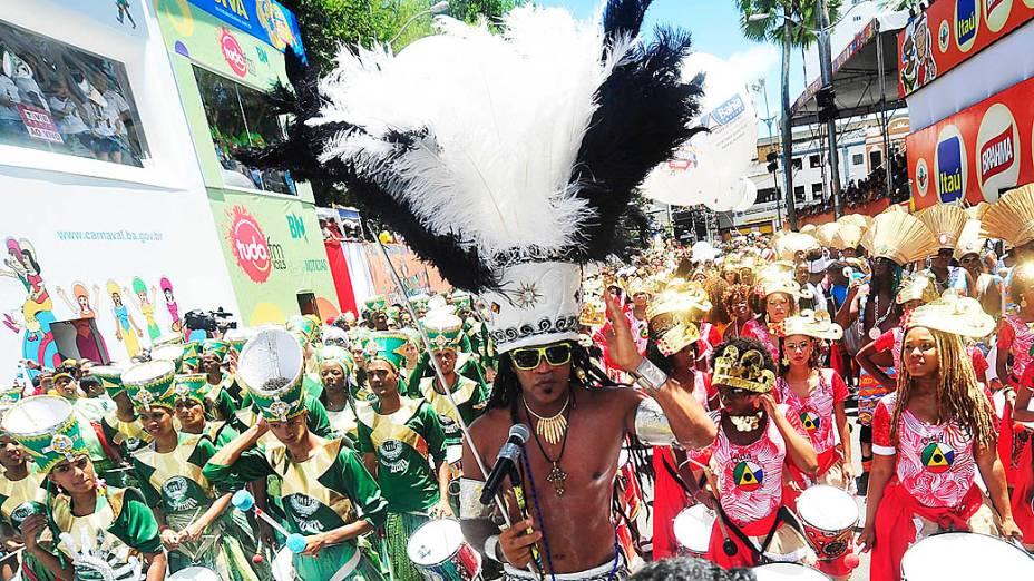 Carlinhos Brown reúne baterias de mais de dez blocos afro em Campo Grande