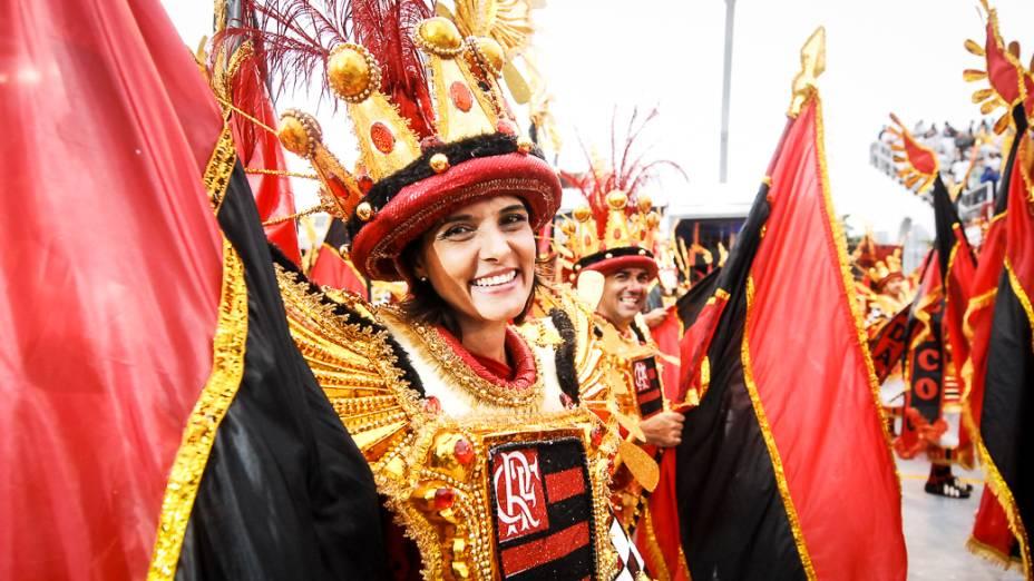 A Águia de Ouro foi a última escola a desfilar no sambódromo do Anhembi