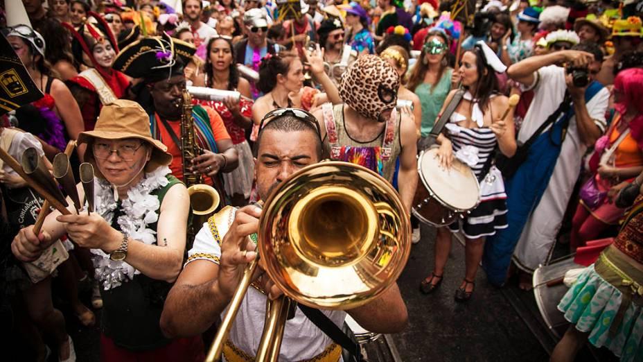 Músicos no desfile do Céu na Terra, em Santa Teresa, no Rio de Janeiro
