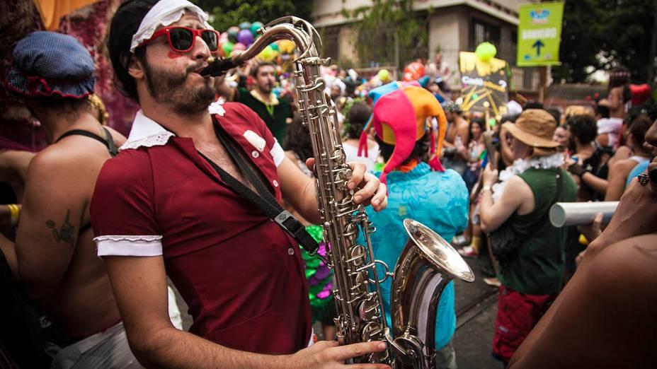 Desfile do bloco Céu na Terra, na Praça do Curvelo, em Santa Teresa