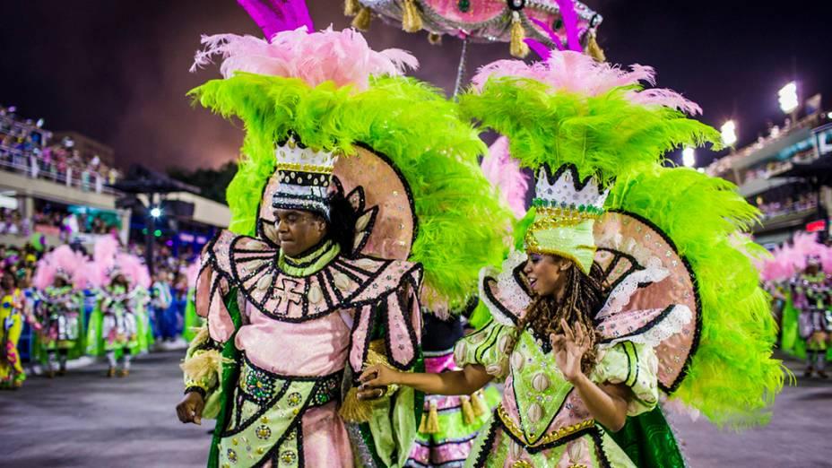 Desfile da Escola de Samba Mangueira pelo Grupo Especial, na Marquês de Sapucaí no Rio de Janeiro (RJ), na madrugada desta segunda-feira (03)