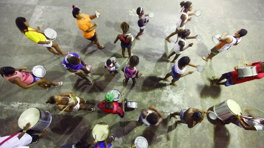 Ensaio no barracão da Alegria da Zona Sul, no Rio de Janeiro