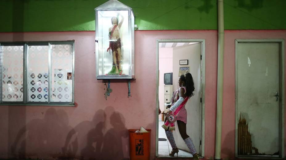 Barracão da escola de samba Alegria da Zona Sul, no Rio de Janeiro