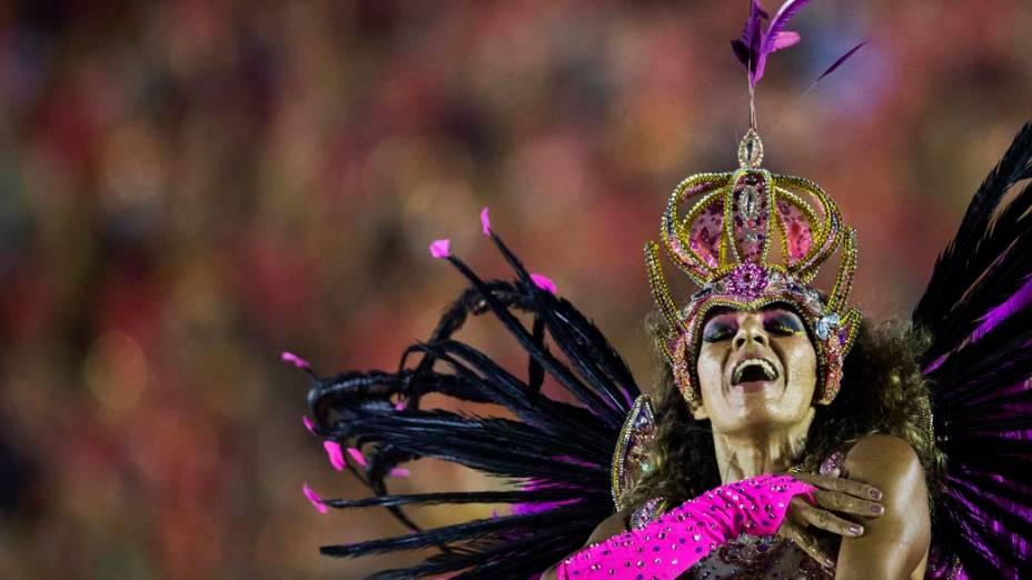 """Desfile da escola de samba Império da Tijuca com o samba enredo """"Batuk"""", pelo Grupo Especial do Carnaval do Rio de Janeiro, no sambódromo de Marques da Sapucaí, na noite deste domingo (02)"""