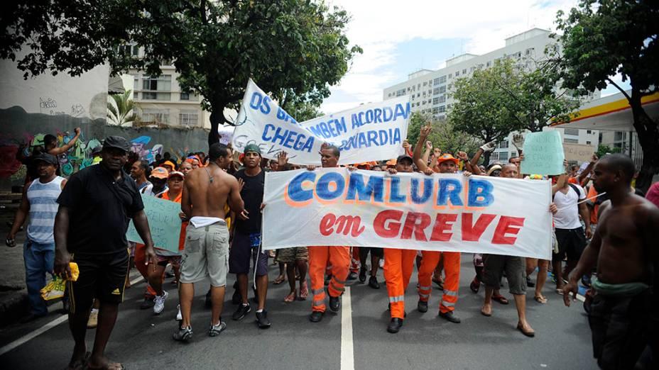 Manifestação de garis no Rio de Janeiro