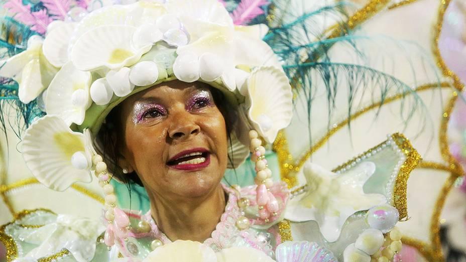 Magueira faz uma homenagem às mulheres brasileiras
