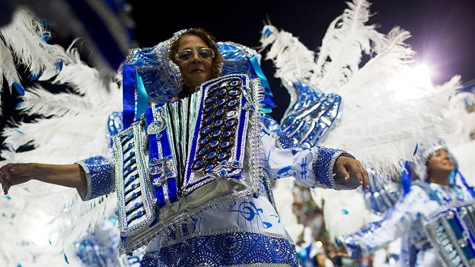 A Vila Isabel faz homenagem ao maestro Isaac Karabtchevsky em desfile na Sapucaí