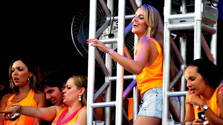 Público dos camarotes do circuito Barra-Ondina