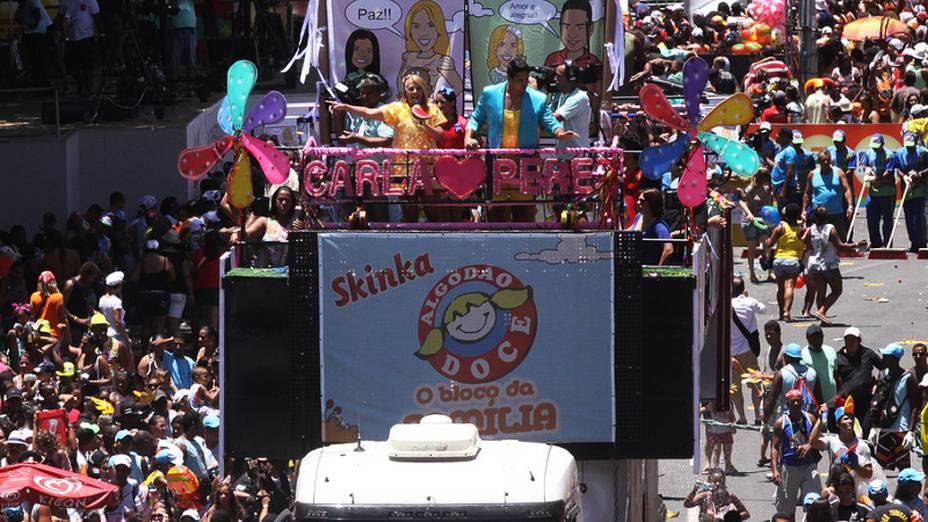 Há 13 anos, a ex-bailarina do É o Tchan comanda trio voltado para famílias no Carnaval de Salvador