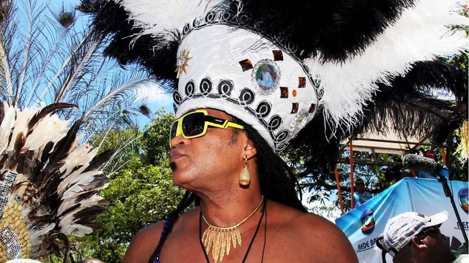 Carlinhos Brown reúne integrantes de entidades afros na estreia do bloco Afródromo, em Campo Grande