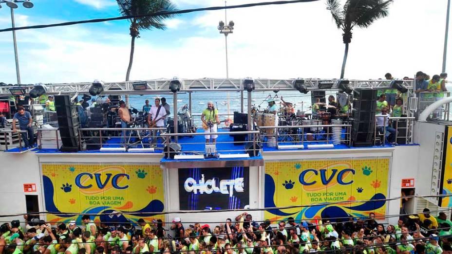 Bell Marques é um dos principais veteranos do Carnaval de Salvador e empolga o público com hits do Chiclete com Banana