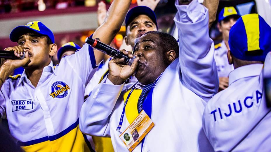 """Puxadores do samba da Unidos da Tijuca campeã do Carnaval Rio de Janeiro 2014 com o enredo """"Acelera Tijuca!"""", que homenageou Ayrton Senna"""
