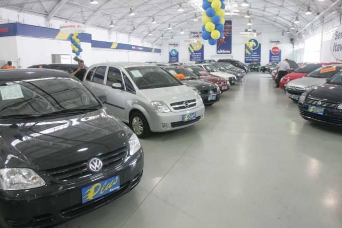 carros-concessionarias-20080221-02-original.jpeg