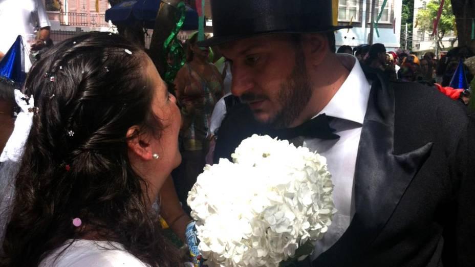 Casamento no bloco Bagunça Meu Coreto
