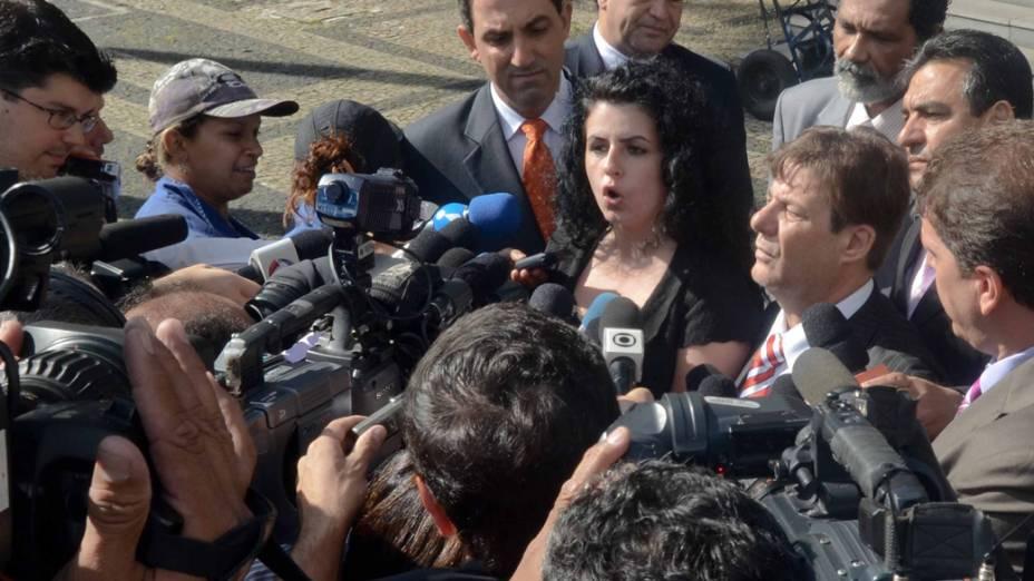 Advogada de defesa, Ana Lúcia Assad, chega para o terceiro dia de julgamento