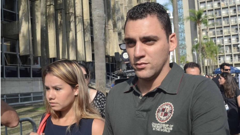 Chegada do irmão mais velho de Eloá, Ronickson Pimentel dos Santos, para o terceiro dia de julgamento de Lindemberg Alves Fernandes
