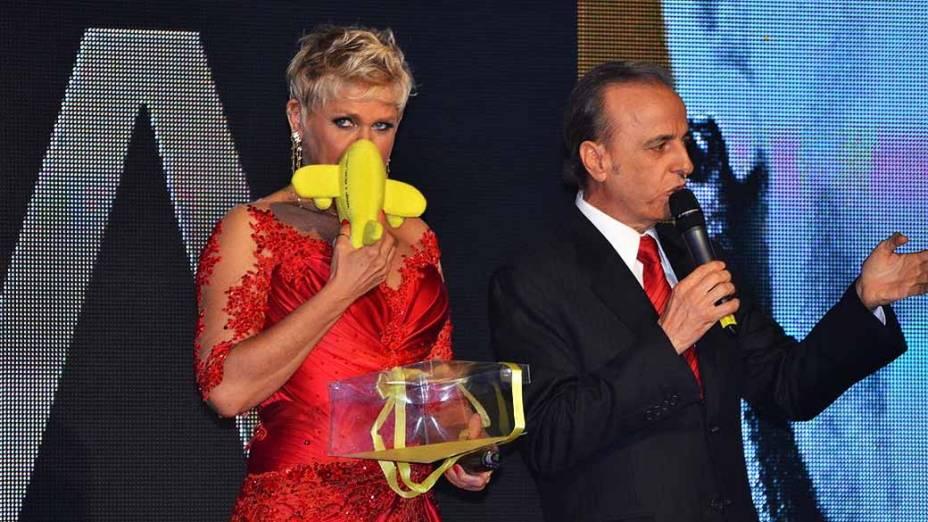 Xuxa é homenageada em festa de seus 50 anos