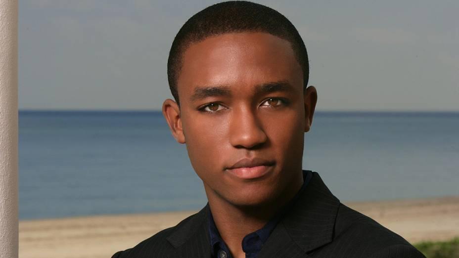Lee Thompson Young na série South Beach, do canal CBS, em 2005