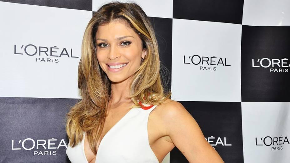 Grazi Massafera esteve presente na Beauty Fair 2013