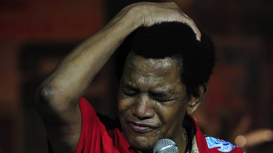 Jair Rodrigues cantando no show em homenagem aos seus 70 anos de idade e 50 anos de carreira, no auditório do Ibirapuera em São Paulo, no ano de 2009