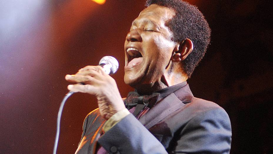 """Jair Rodrigues comemorando 50 anos de carreira com o show """"Festa para um Rei Negro"""", no Citibank Hall, em 2009"""