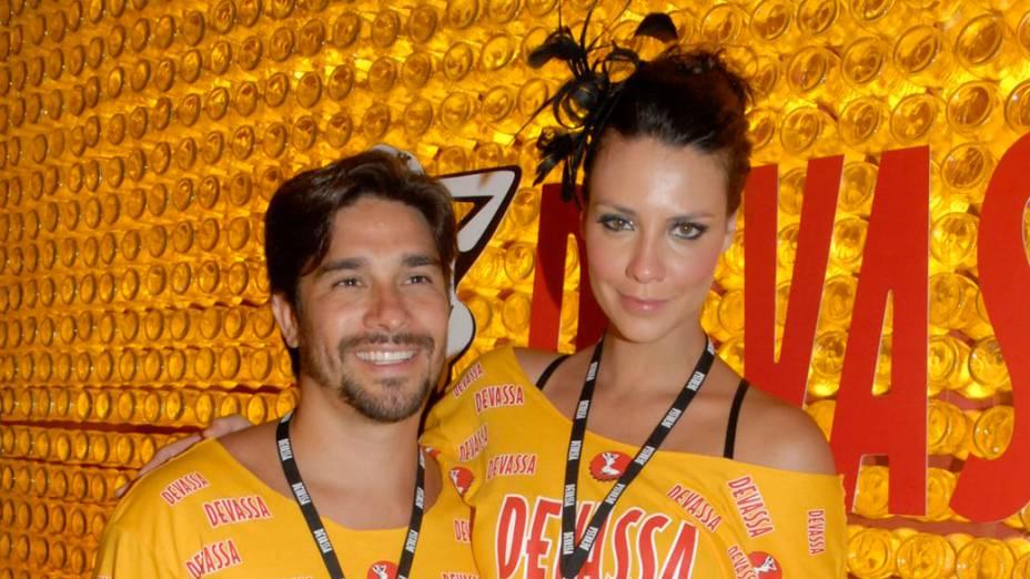 Camila Rodrigues curte o Carnaval no camarote da Sapucaí no Rio